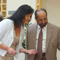 EMG with His Highness Dr Sheikh Mohammed bin Al Quasimi, Ruler of Sharjah, talking about 'Musing the Sea I'. The Street Gallery, Exeter